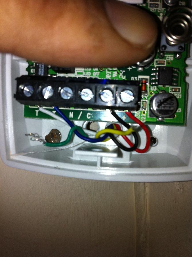 ask the trades - veritas r8 - daisy chaining a pir sensor, Wiring diagram